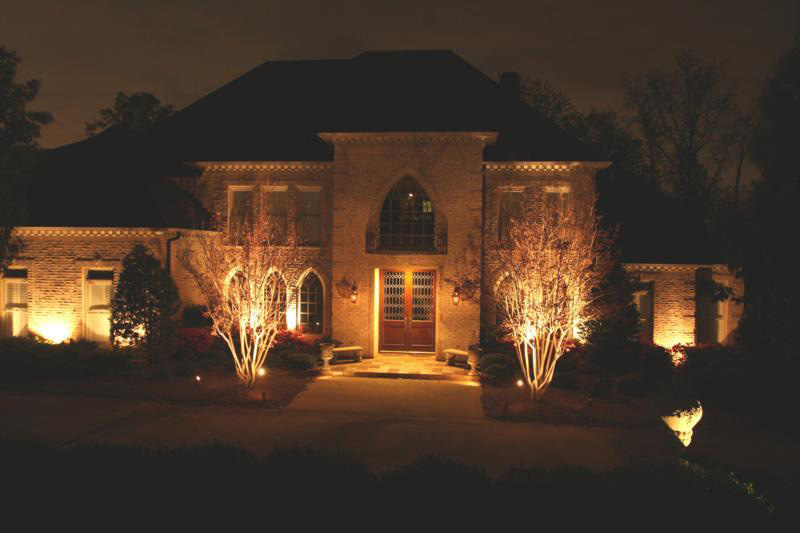 Landscaping Birmingham Outdoor Lighting Creates Safety