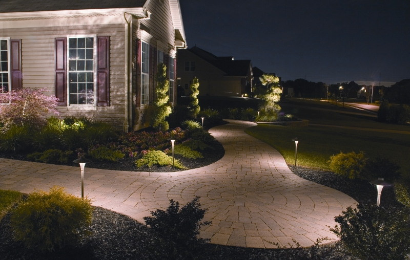 Landscaping Birmingham - Low Voltage Outdoor Lighting