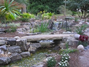 Landscaping Birmingham AL – Choosing the Right Water Feature for Your Property